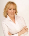Lyn Ross, L.M.E. | Master Aesthetician, Educator, Author, and CEO of Institut' DERMed