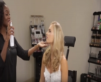 Video: OFRA's Beautiful Bridal Makeup Demonstrated by Taryll Atkins