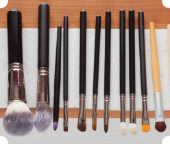cleaning-make-up-brushes