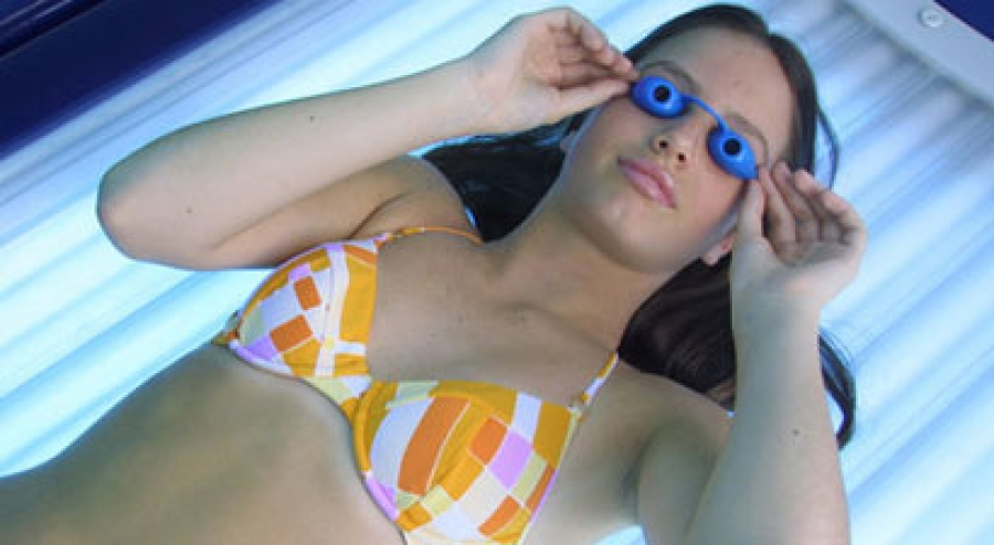 How Tanning Changes the Brain