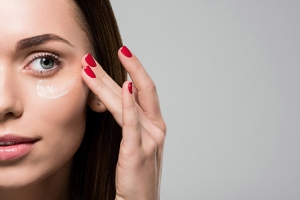 Caring for Eyes and Lips  in the Blinking, Drinking,  and Squinting Era  of Anti-Aging Skin Care
