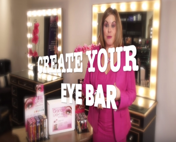 Video: eyecouture browfillnewyear