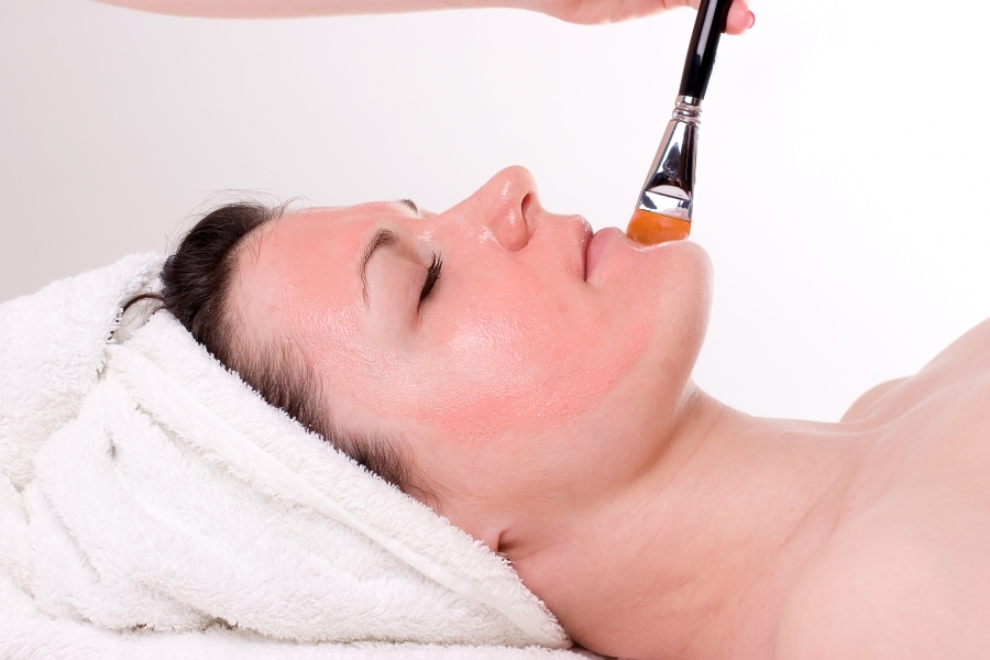 Post Peel Protocol: Best Practices Following Chemical Exfoliation