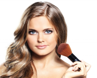 10 Things About...Makeup Application