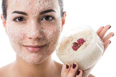 True Grit: Benefits, Ingredients, and Best Practices of Facial Scrubs
