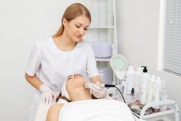 Dream Job Goals: How to Land a Job at a Medical Spa