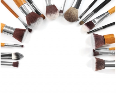 10 Things About...Makeup Brushes