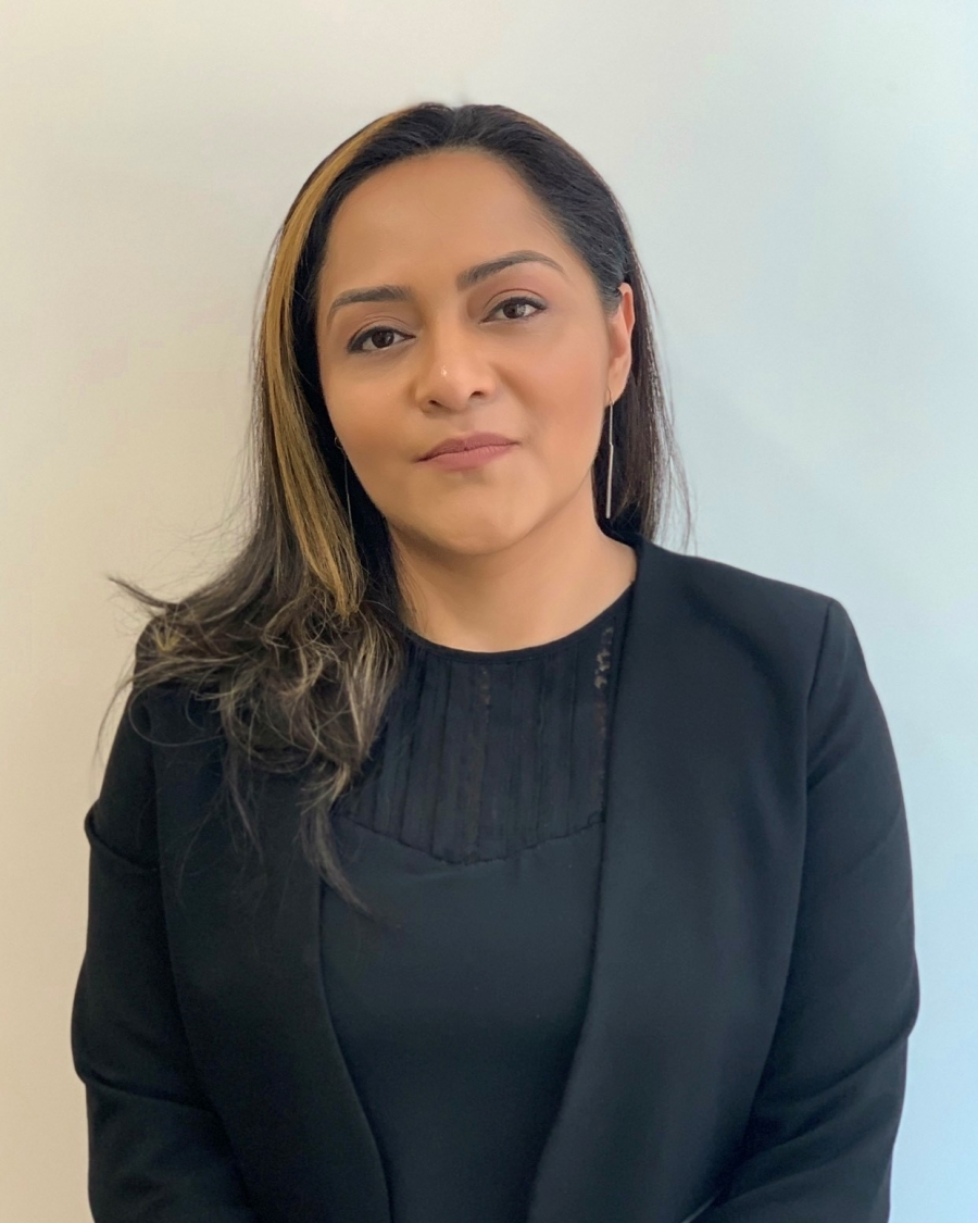 Jakie Ariza joined Christine Valmy as Career Services Advisor