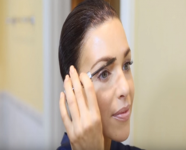 Video: Hi Def Brow Gel New