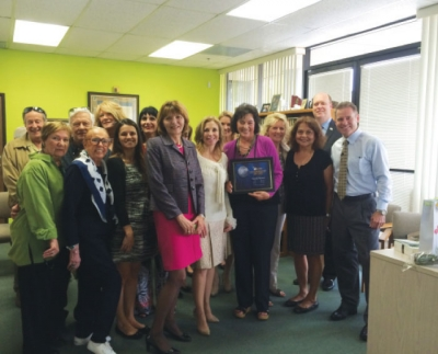 Ursula Wagstaff, president of CA Botana International, recently received an award from Channel 10 News, San Diego.
