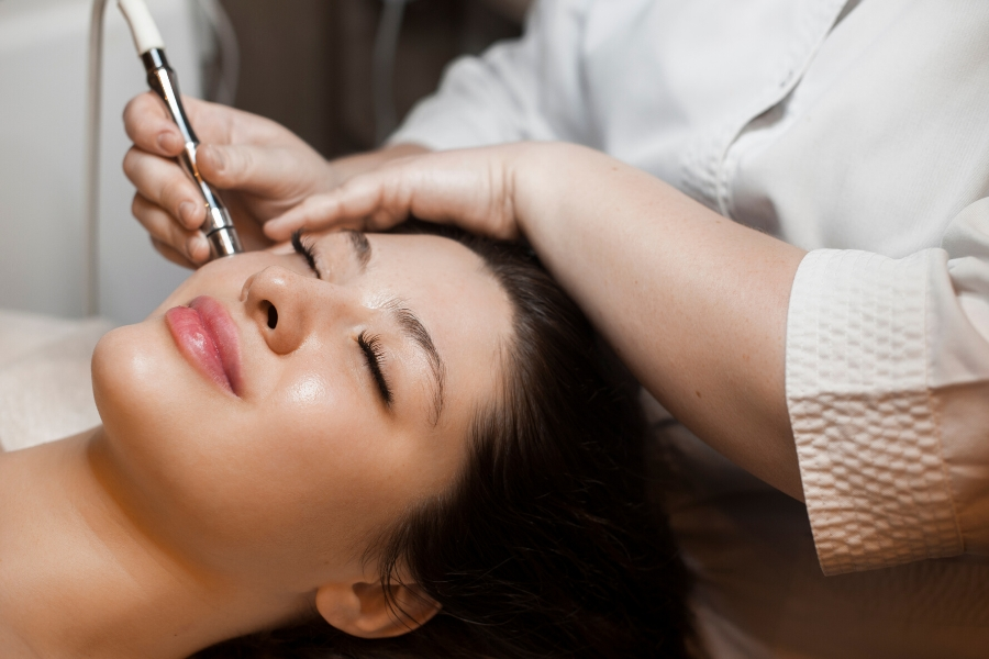 A Perfect Pairing: Microneedling and LED
