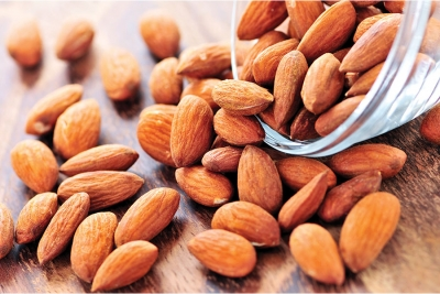 4 Ways to Supercharge Your Beauty Routine with Almonds