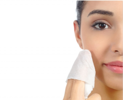 Makeup Wipes:  More Harm Than Good?