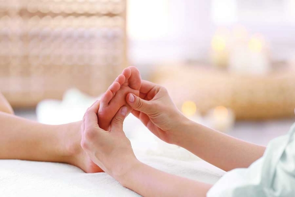 Reflexology for Cancer Clients