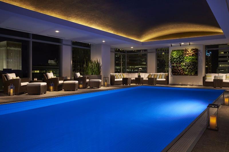Ritz-CarltonCharlotte2.jpg
